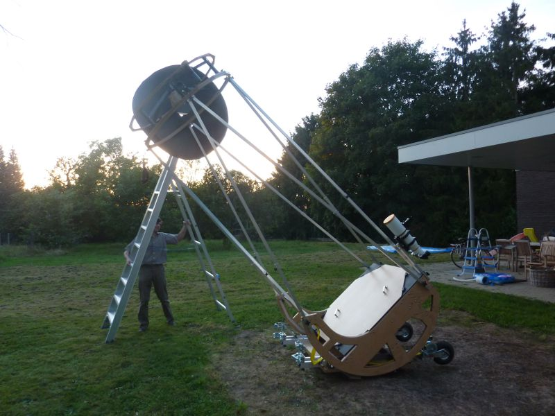 Design And Construction Of The 1100 Mm Cruxis Telescope
